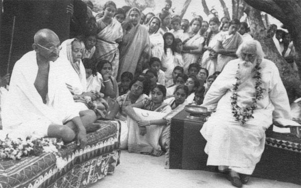 rabindranath tagore with mahatma gandi at 1940